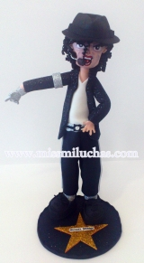 Michaeil Jackson.